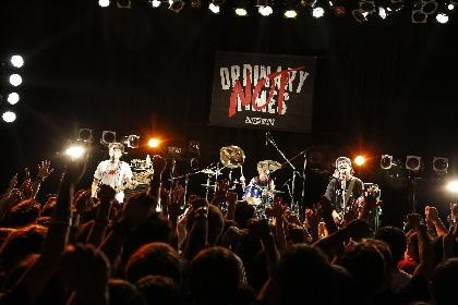 BUZZ THE BEARS 自分たちらしく、あるがままの姿で突き抜けたリリースツアーファイナル公演