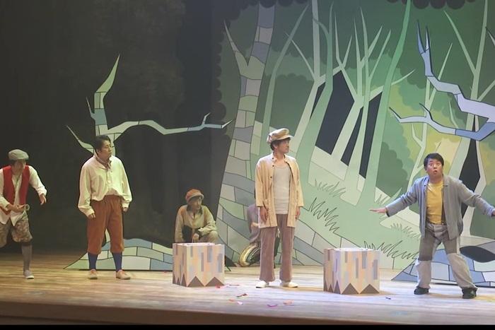 ヨーロッパ企画「京都妖気保安協会 ケース4『鴨川ミッドサマードリーム』」より。