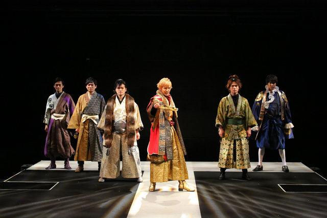 公式舞台写真 撮影:宮川舞子