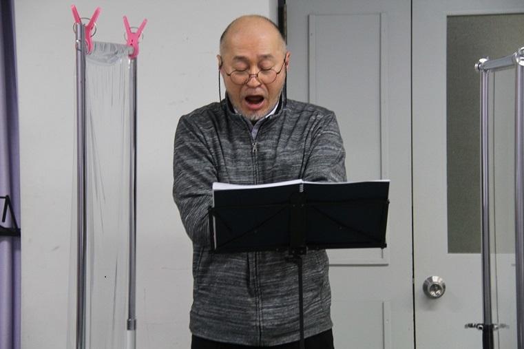 裁判官 片桐直樹(バス)     (C)H.isojima