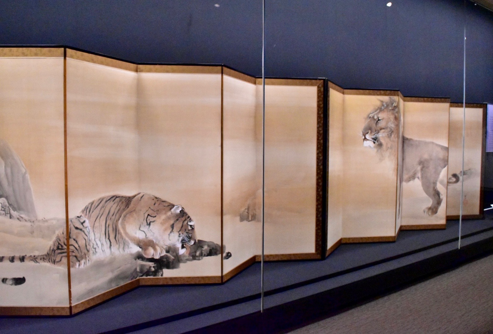 獅子虎図屏風 明治37年(1904)個人蔵