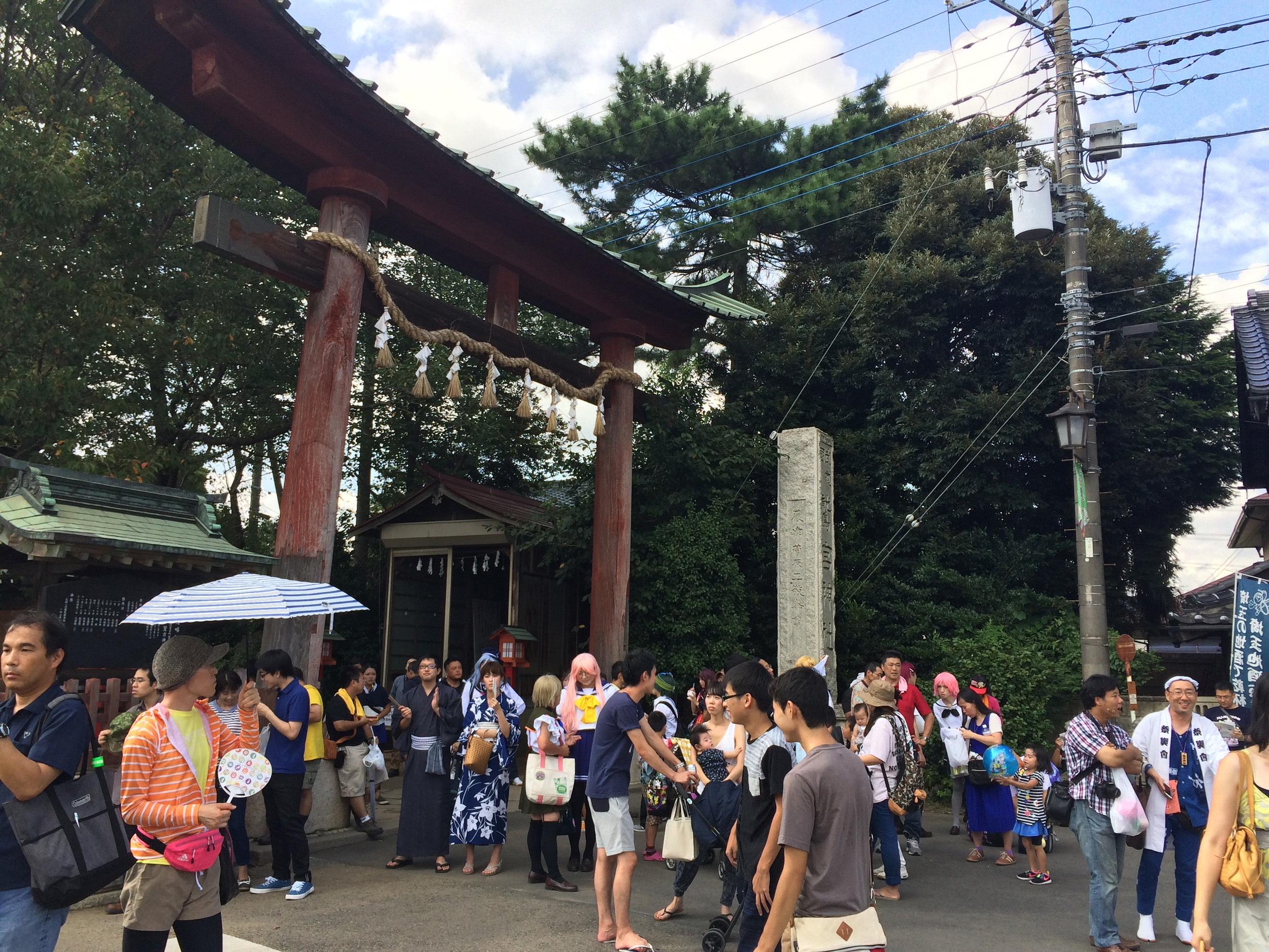 在りし日の鷲宮神社。 撮影:柿崎俊道