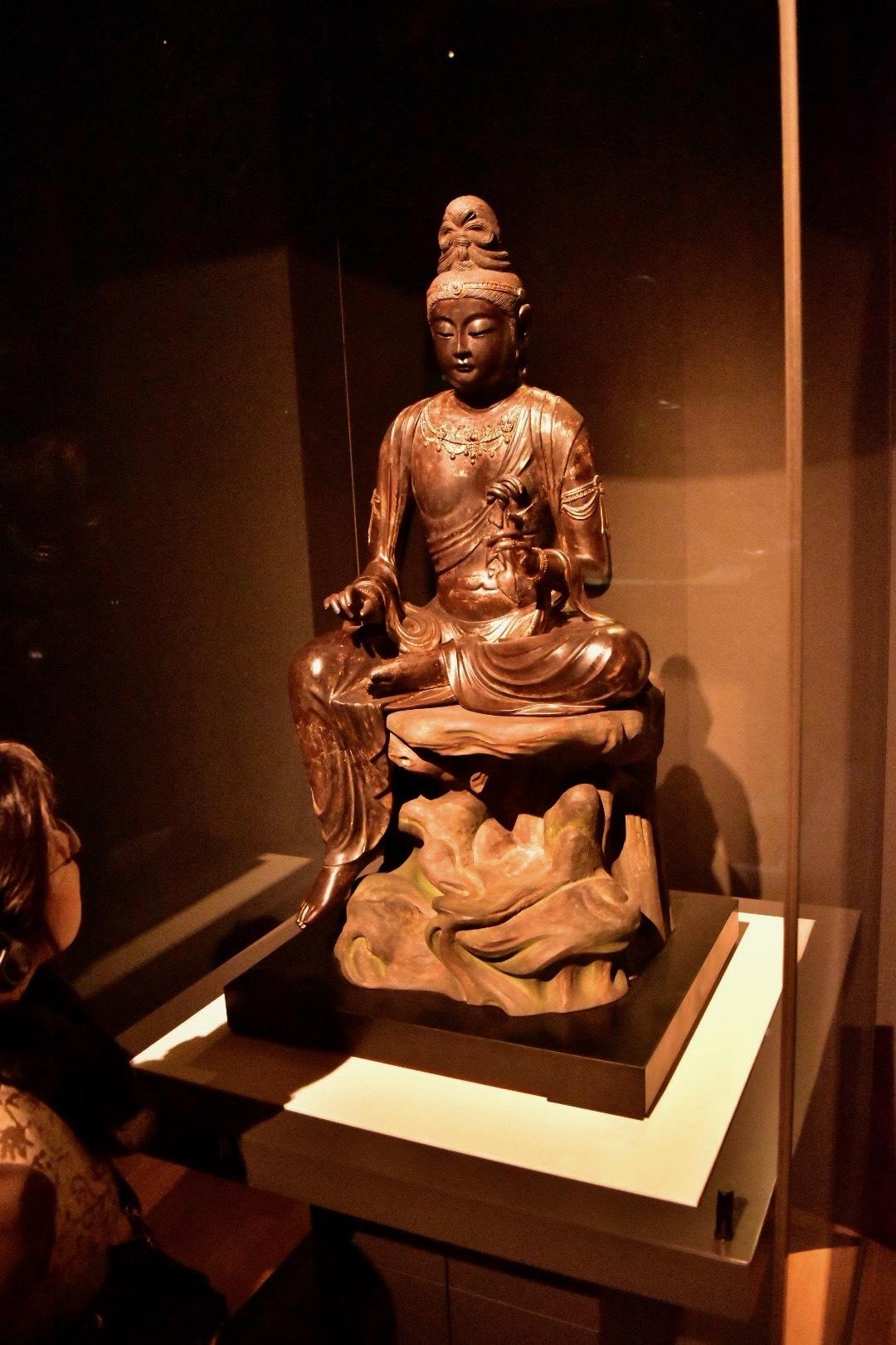 菩薩坐像 奈良時代 8世紀 神奈川・龍華寺(神奈川県立金沢文庫管理)