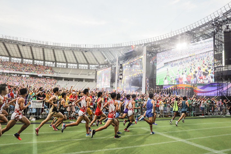 『ももクロ夏のバカ騒ぎ2017 -FIVE THE COLOR Road to 2020- 味の素スタジアム大会会場』2日目 男子ハーフマラソン Photo by HAJIME KAMIIISAKA+Z