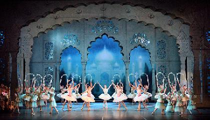 タマラ・ロホ率いる大躍進中の「イングリッシュ・ナショナル・バレエ」がこの夏来日