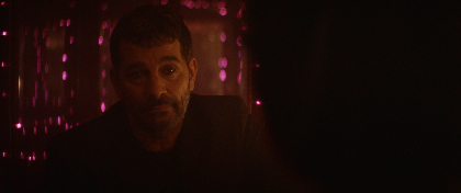 """背中の皮膚を""""悪魔の契約""""で売り渡した男がたどる運命とは? 映画『皮膚を売った男』本編映像を一部解禁"""
