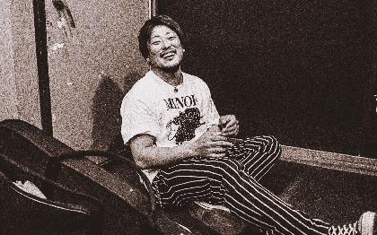 クニタケ ヒロキ(THE FOREVER YOUNG)、弾き語り楽曲のリリースが決定 新曲や中島みゆき「糸」のカバーなども収録