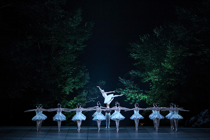 清里フィールドバレエ『白鳥の湖』