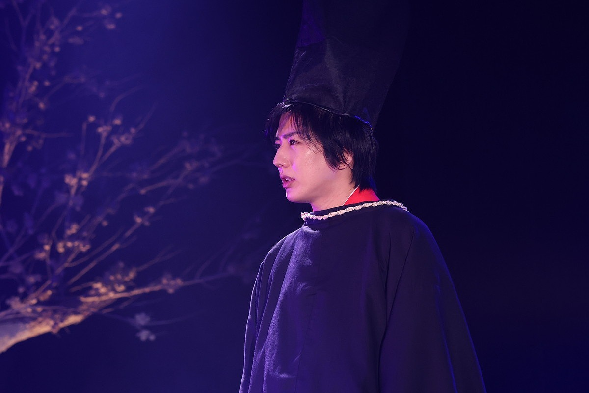(C)くまがい杏子/小学館 (C)舞台「あやかし緋扇」製作委員会
