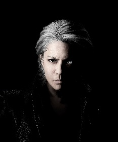 HYDE 12年ぶりソロシングル「WHO'S GONNA SAVE US」6月発売決定