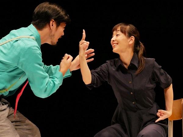 SPAC『授業』舞台写真(撮影:平尾正志)