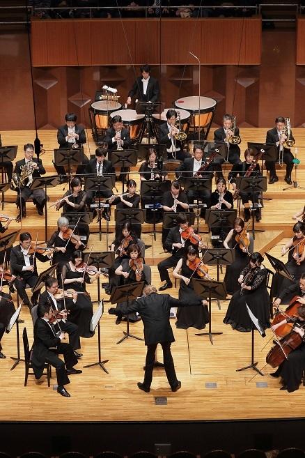 管楽器を独自に歌わせた第2楽章の美しさと言ったら…。 (C)S.Yamamoto