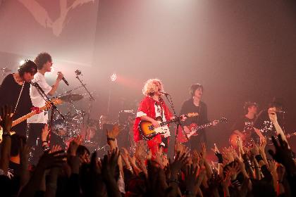 アルカラ、9mm滝・菅原も参加したツアーファイナル公演を映像作品化