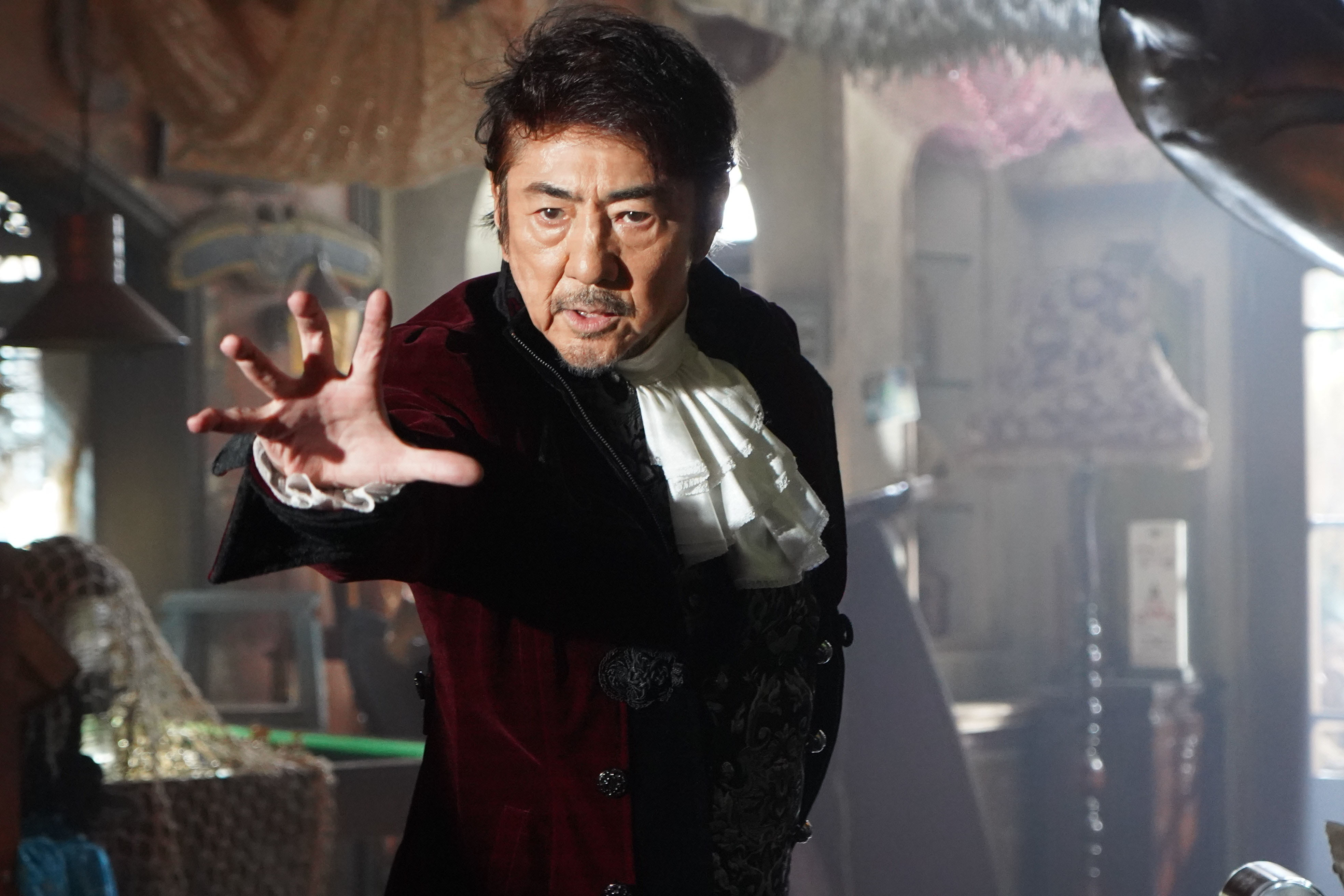 市村正親 (C)横関大/講談社(C)2021「劇場版 ルパンの娘」製作委員会