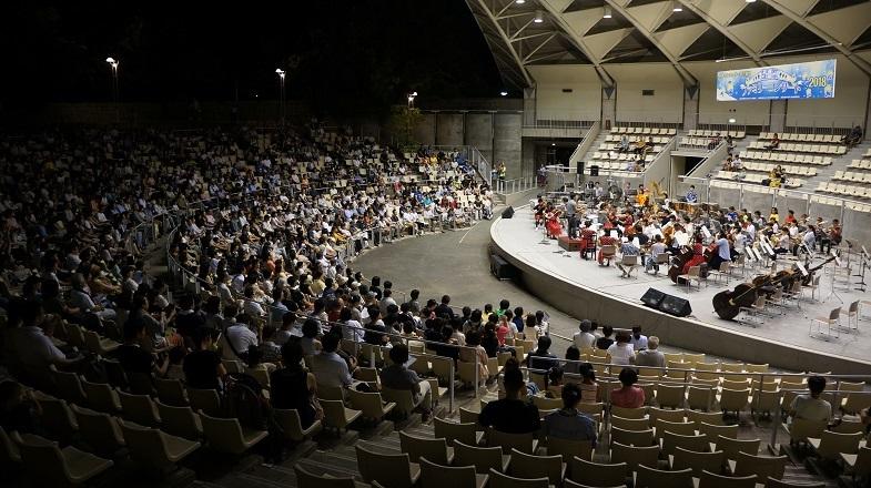 解放感抜群!の星空ファミリーコンサート  写真提供:日本センチュリー交響楽団