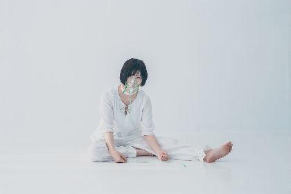 湯木慧、5人のクリエイターとのコラボ新アルバム『蘇生』の詳細を発表 呼吸器をつけたビジュアル公開
