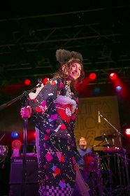 トミタ栞、デビュー3周年記念日に浴衣姿でライブ「付いてきてくれるみんなを、もっと大きな会場に」
