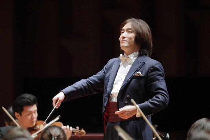 首席指揮者 飯森範親 (c)s.yamamoto