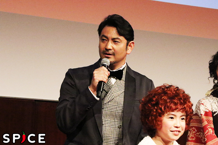 2018『アニー』ウォーバックス役の藤本隆宏