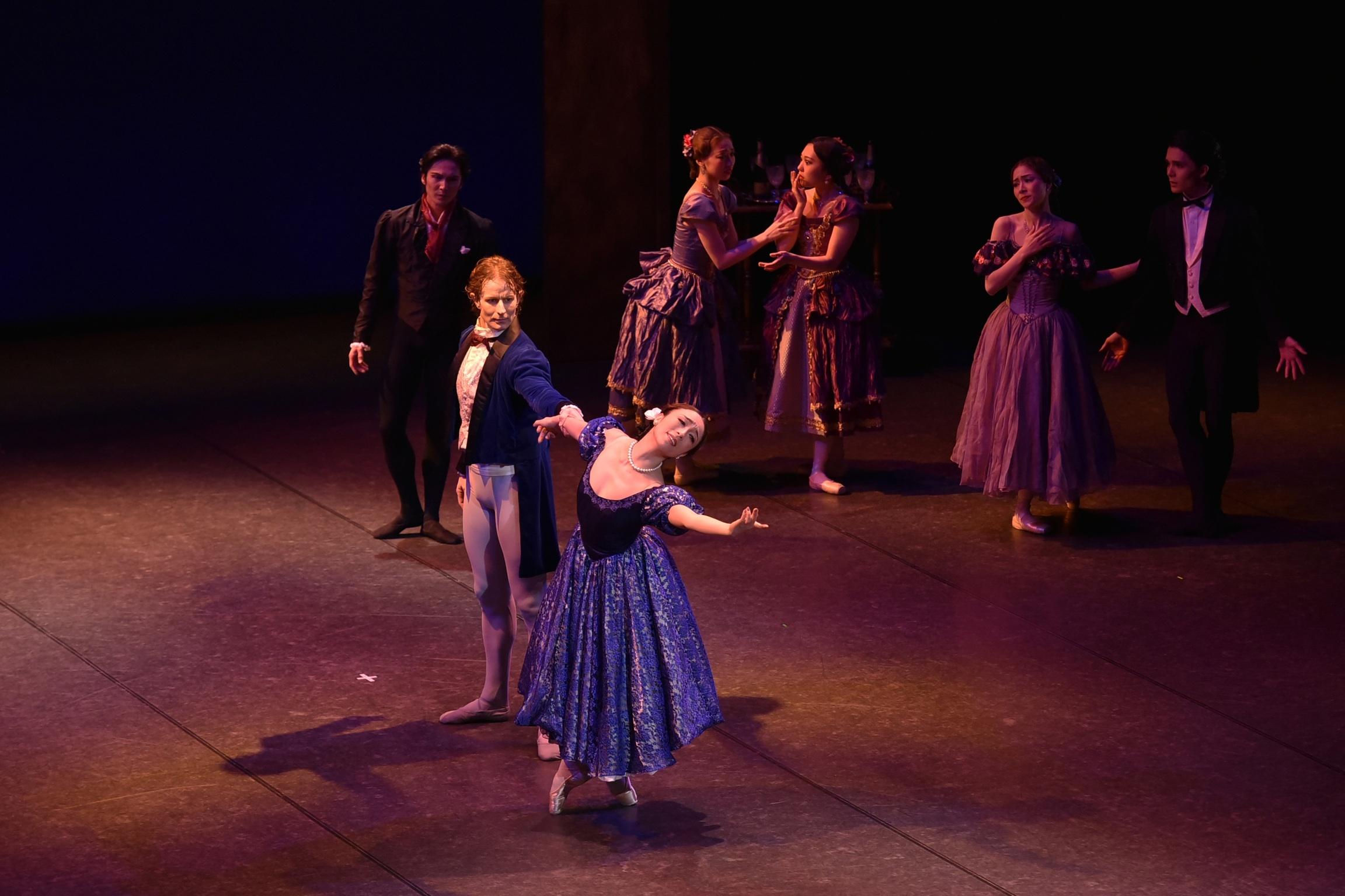 Ballet Company West Japan 第1回公演より『椿姫』 撮影:文元克香(テス大阪)