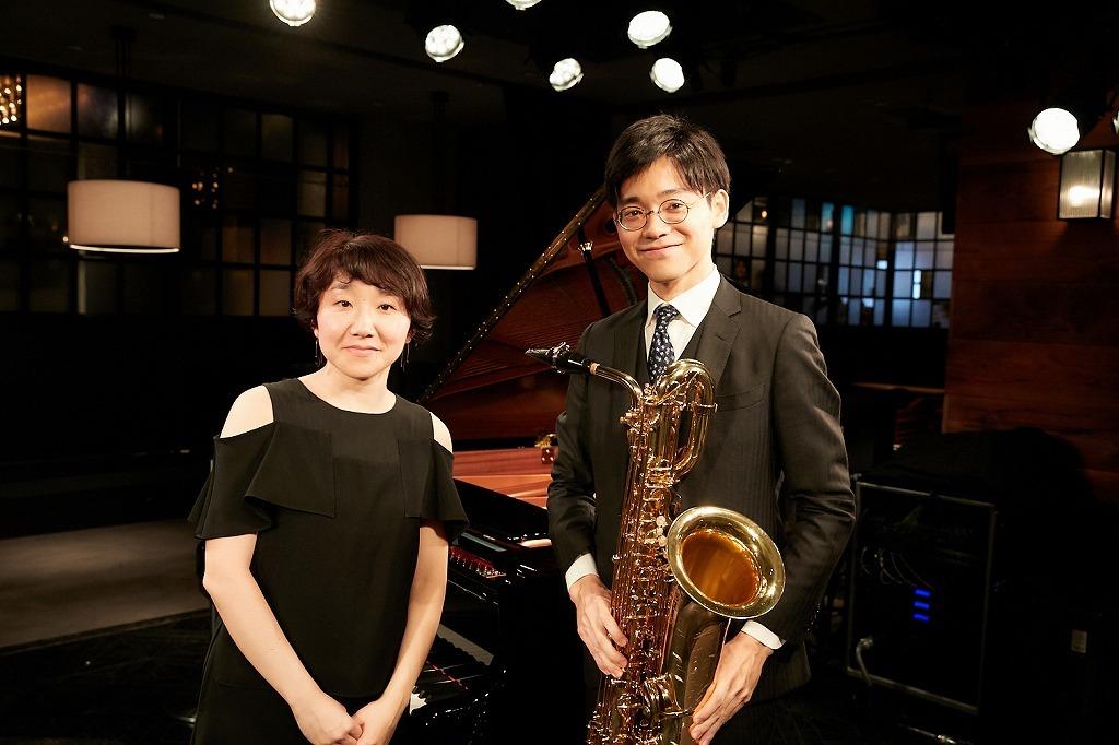 (右から)本堂誠、弘中佑子