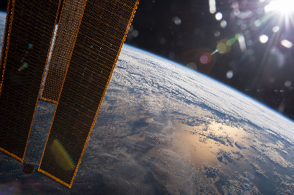 地球はキャンドルであり、レコード!? 「新惑星主義」の奇想【SPICEコラム連載「アートぐらし」】vol.12 和田永(アーティスト)