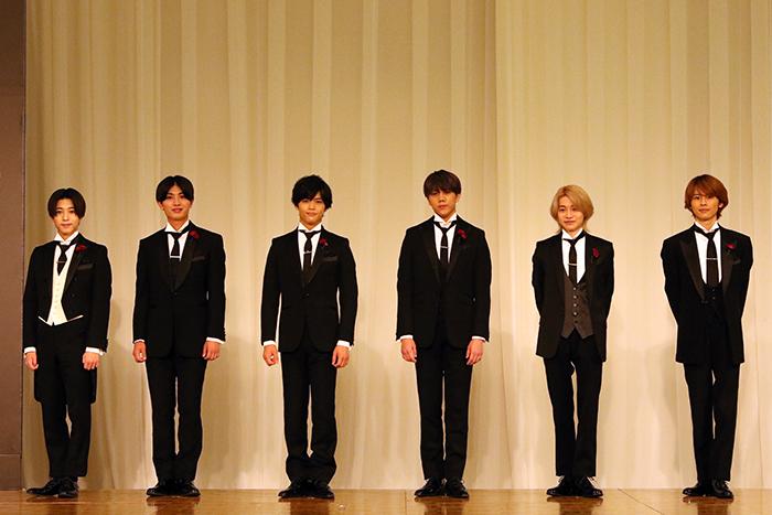 7 MEN 侍(左から中村嶺亜、本髙克樹、菅田琳寧、佐々木大光、今野大輝、矢花黎)