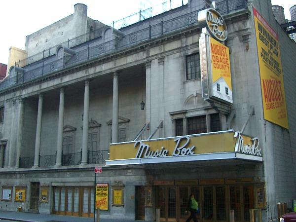 NYで上演していた劇場(Music Box Theatre)2008年