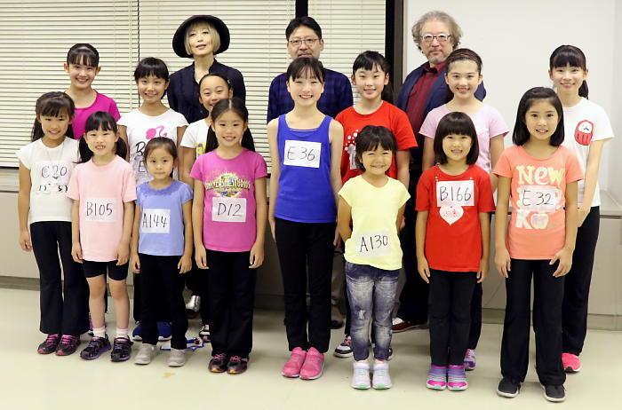 ミュージカル『アニー』新しいアニーと孤児とスタッフたち