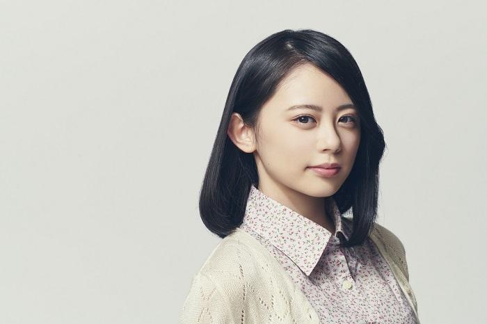 中山ひとみ役・濵咲友菜(AKB48)