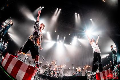 """メジャー1周年を迎えた""""オメでたい頭でなにより""""が音で伝えた感謝の気持ち 大熱狂のツアー・東京公演をレポート"""