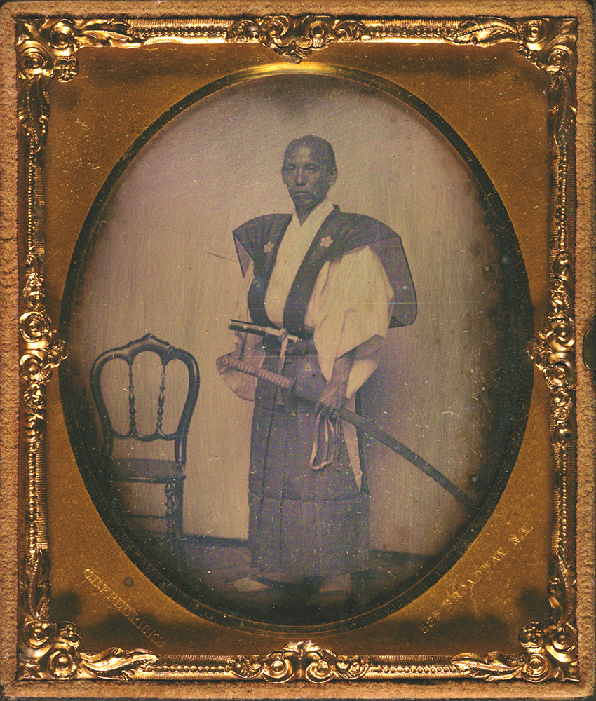 野々村忠実肖像写真 於ニューヨーク 万延元年(1860) 東京都写真美術館蔵