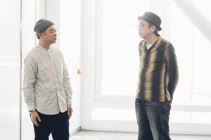 (左から)寺十吾、横山拓也