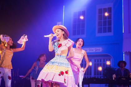 西野カナ、10周年全国ツアーで10変化! 全国ホールツアー閉幕