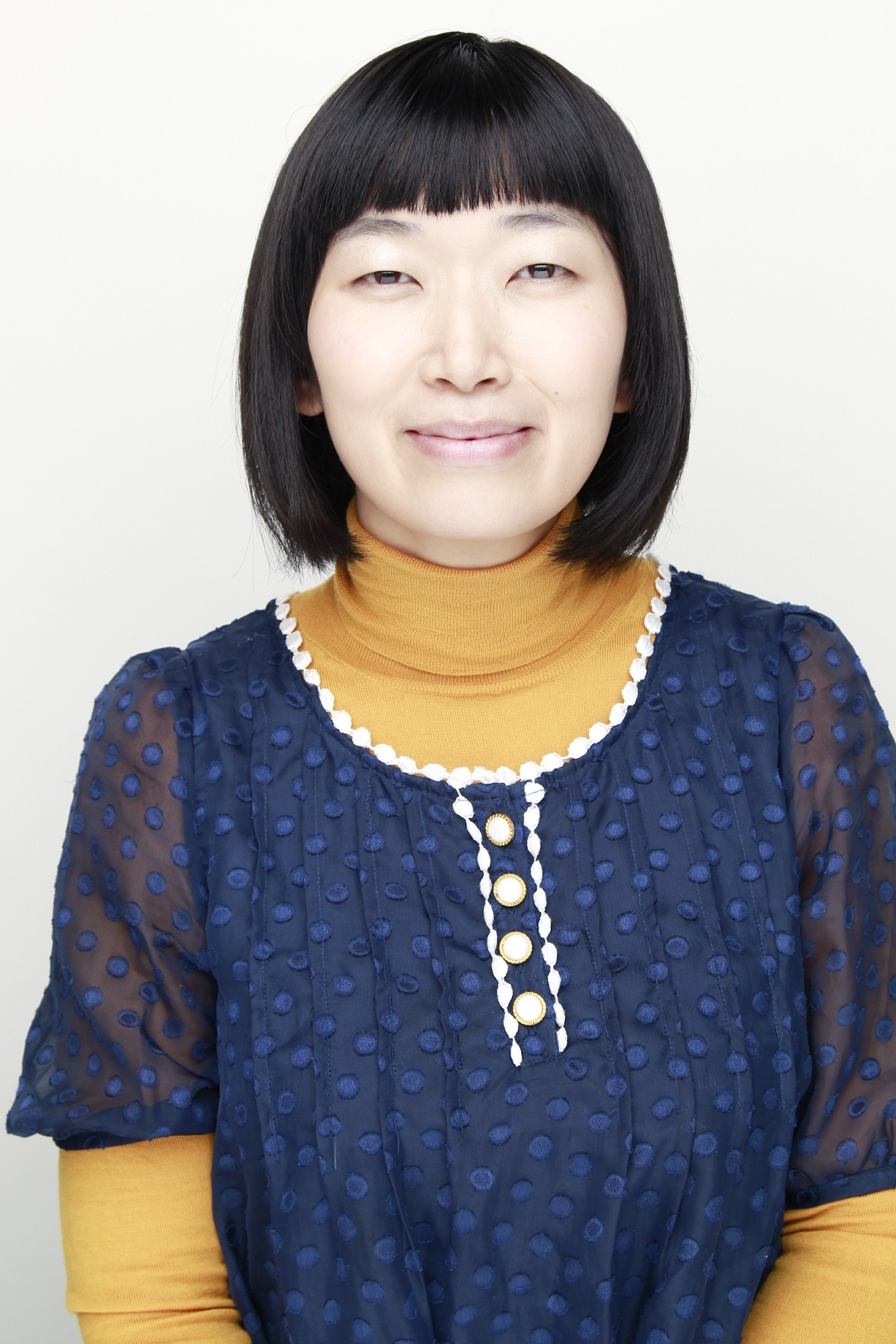 川村エミコ