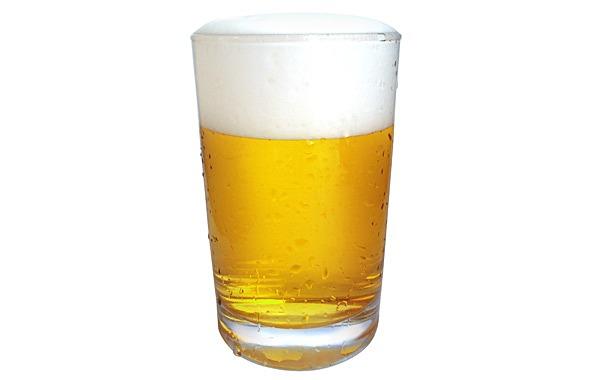 通常価格750円の生ビールを半額以下の350円で販売