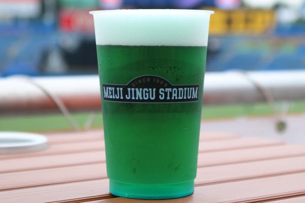 グリーンビール(750円)