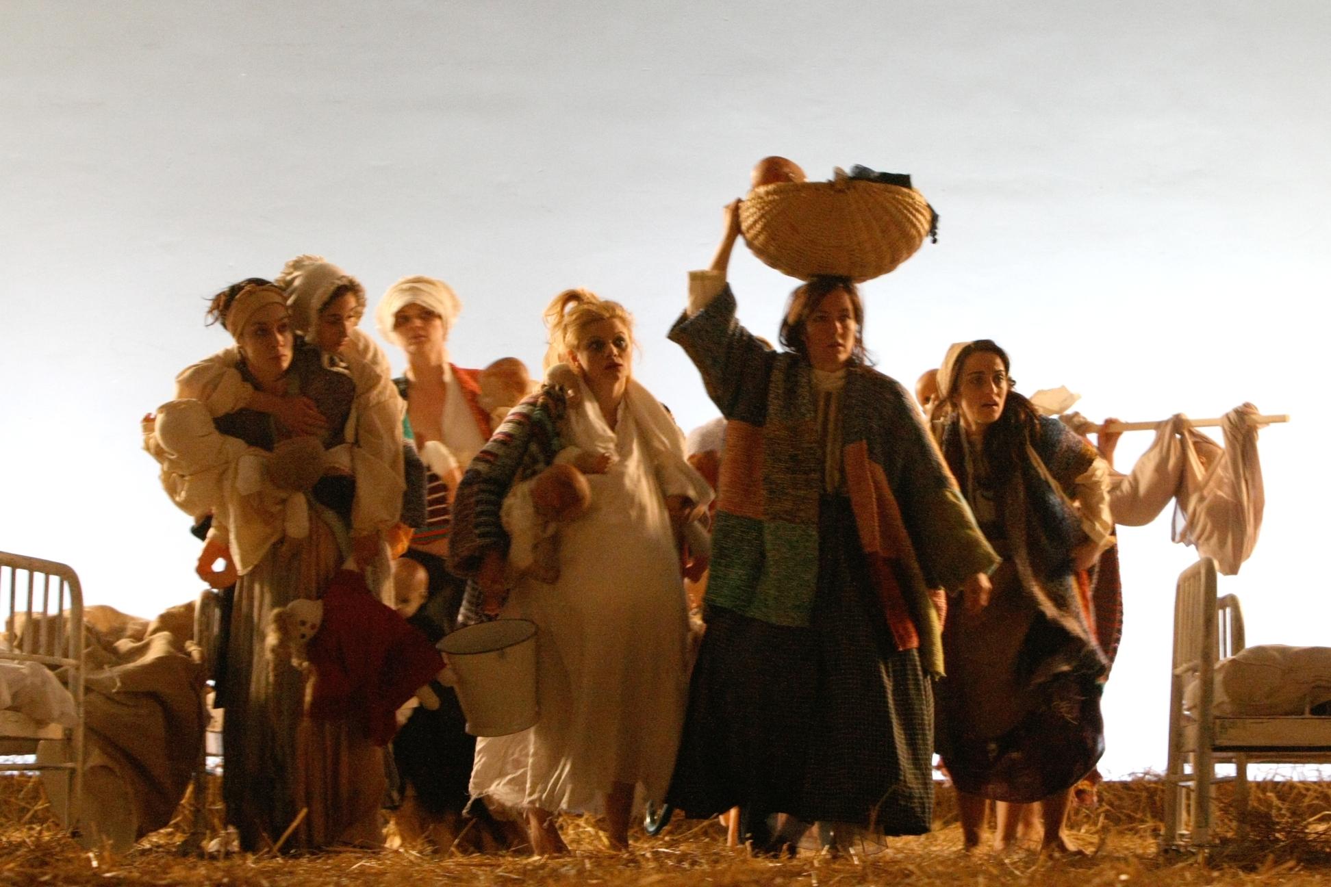 ルーマニア国立ラドゥ・スタンカ劇場『ガリバー旅行記』