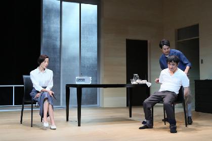 宮沢りえ・堤真一・段田安則が挑む三人芝居、シス・カンパニー『死と乙女』東京公演が開幕へ~公式舞台写真&コメント到着