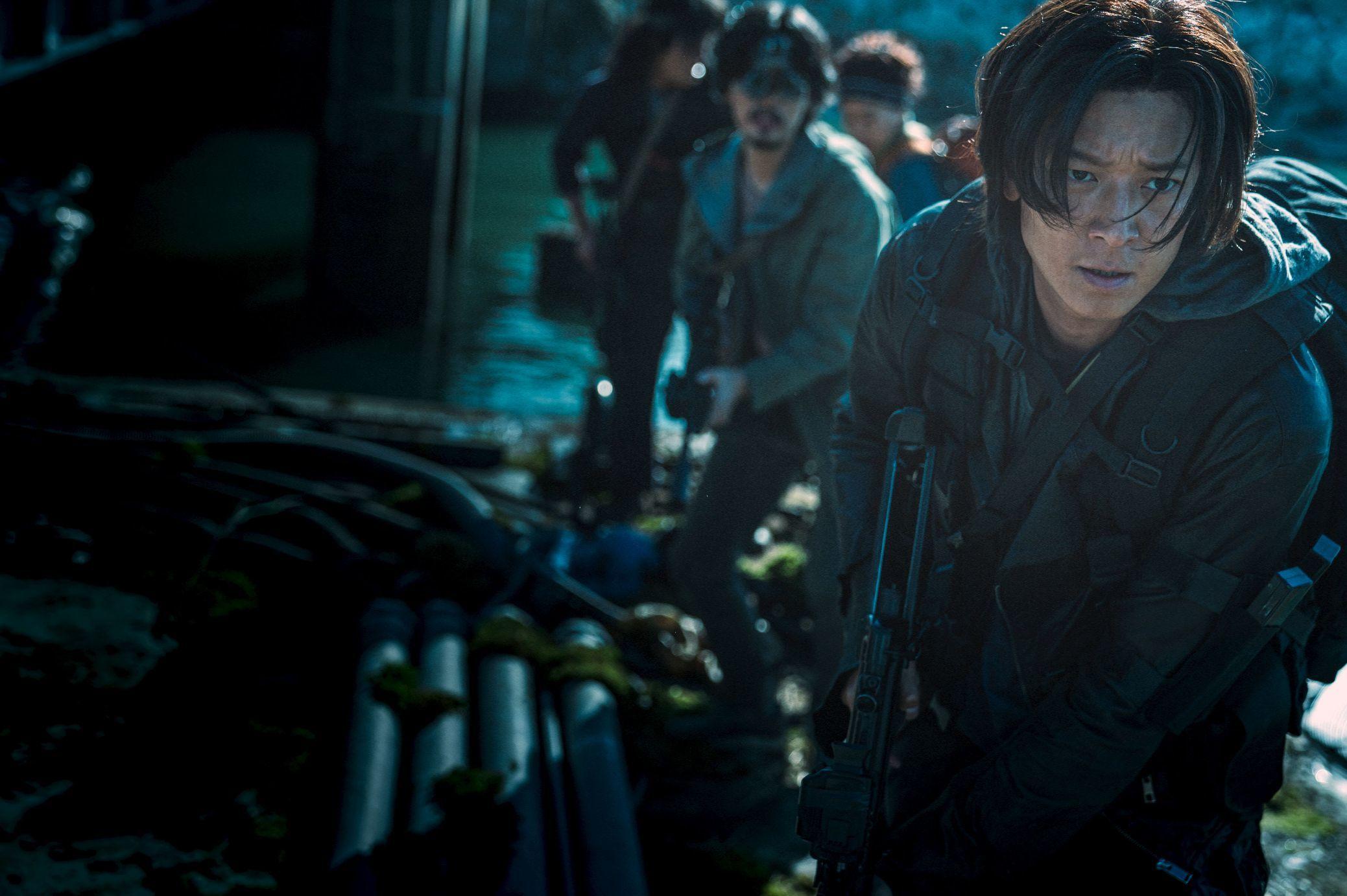 映画『PENINSULA(原題)』 (C)2020 NEXT ENTERTAINMENT WORLD & REDPETER FILMS.All Rights Reserved.