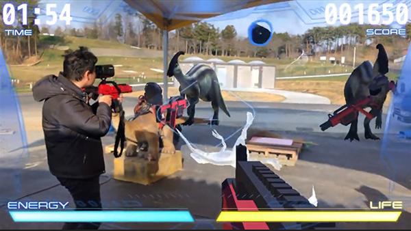 恐竜たちをハンターになって倒すARシューティング「DINO-ZONE」