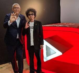 奥田民生、YouTube音楽部門総責任者 リオ・コーエンと対談 「音楽」の未来を語り合う