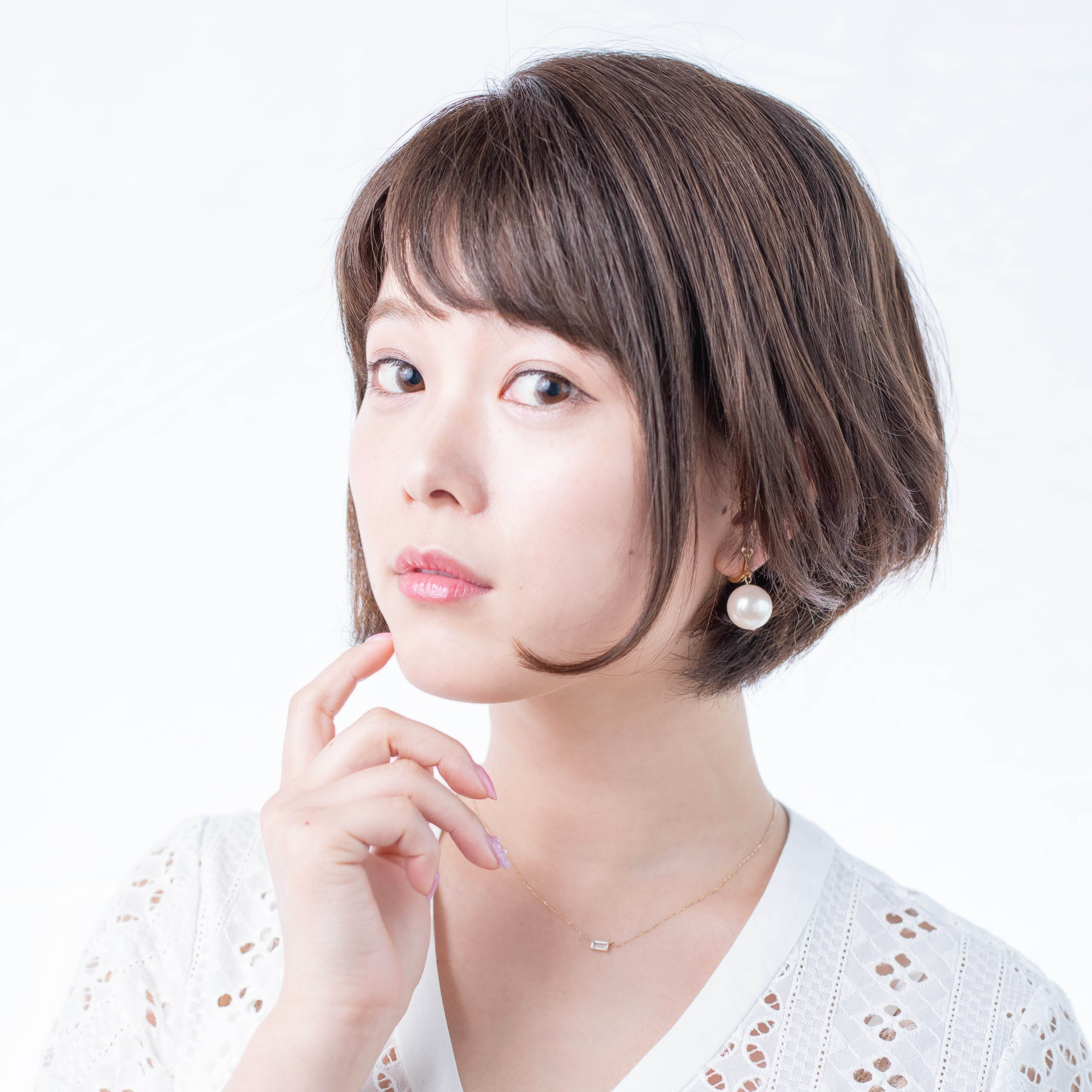 ぺこら役:小坂井祐莉絵