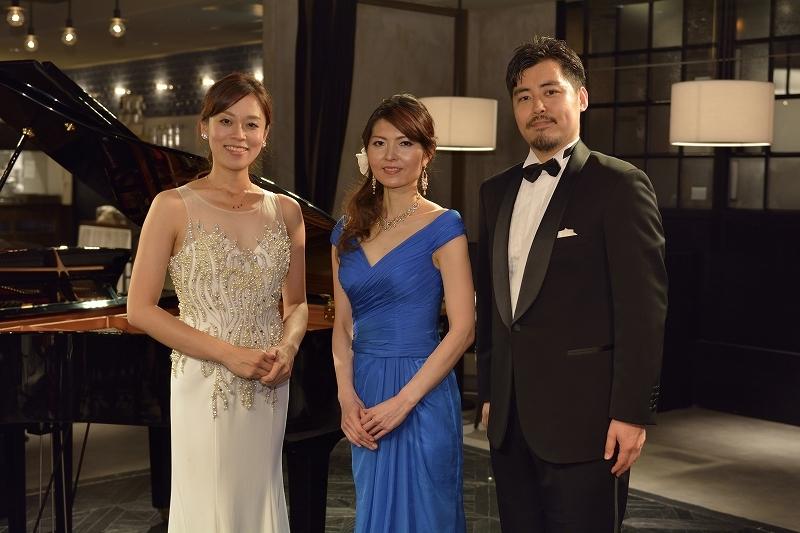 (左から)高田絢子、鈴木雅美、村松恒矢 (撮影=荒川 潤)