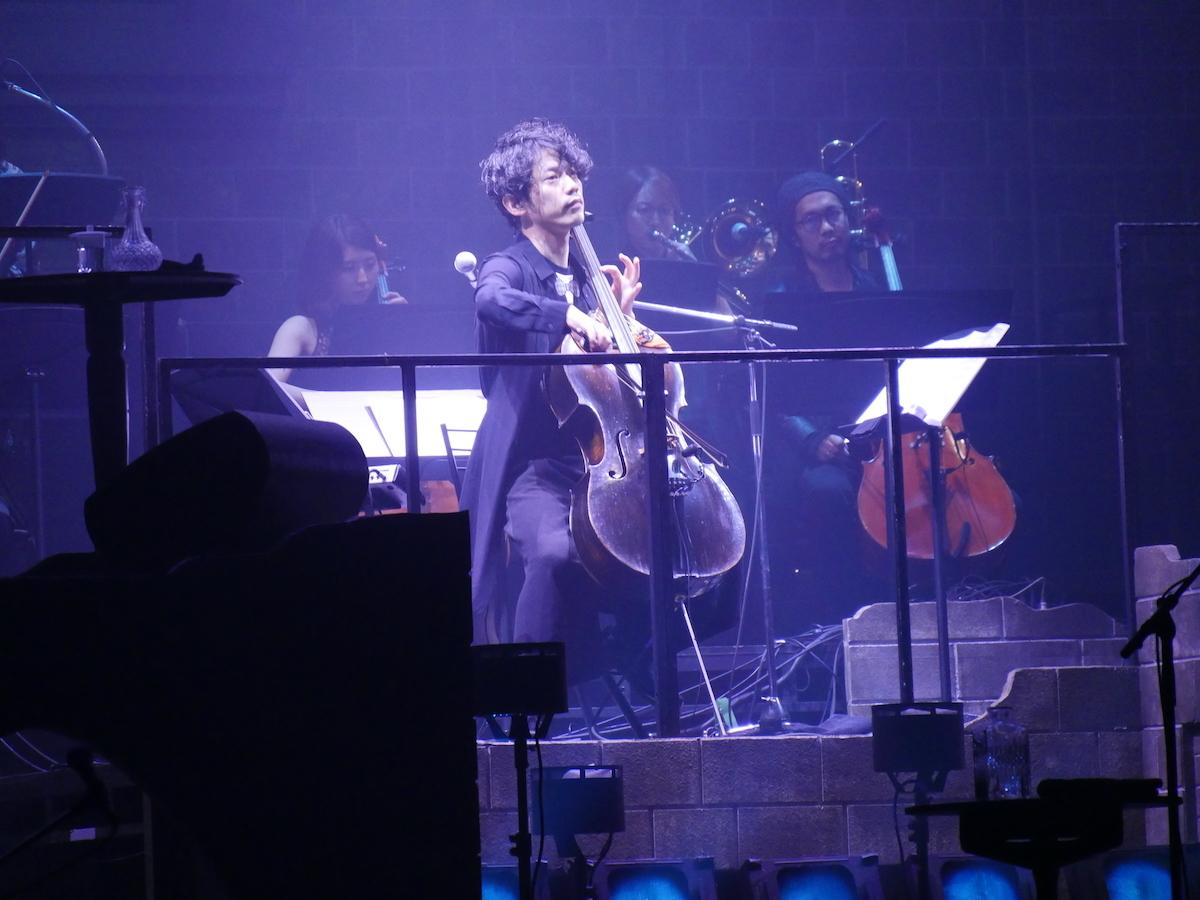 音楽監督を務める作曲家・チェリストの村中俊之