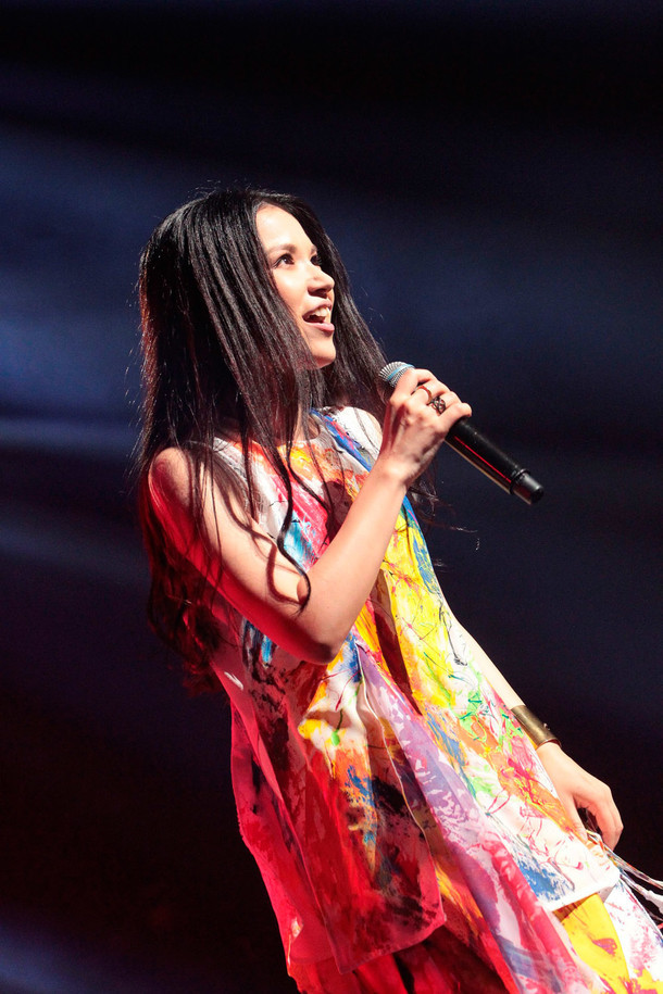「Superfly WHITE TOUR 2015」川口総合文化センターリリア公演の様子。 (撮影:渡邊一生)
