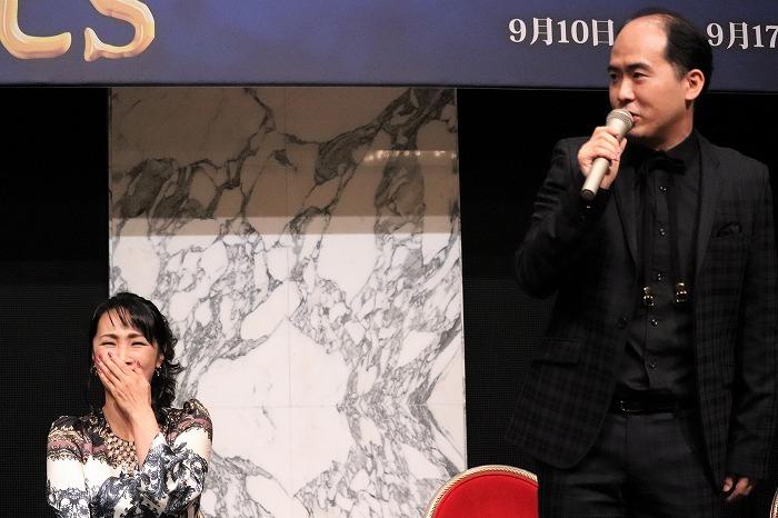 斎藤さんのトークに濱めぐさんが何度も大笑い!