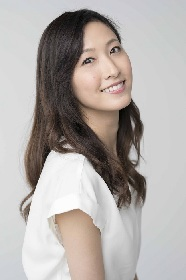 実咲凜音が3月の宝塚プルミエールナレーターに決定 同期の花組トップスター柚香光へのコメントも公開