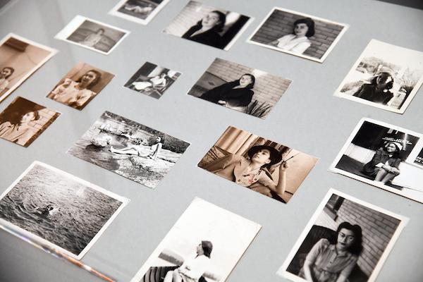 「デボラ」の展示風景