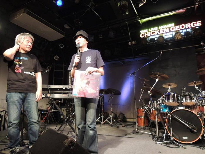開演前の森田・高木 (写真:バンド提供)